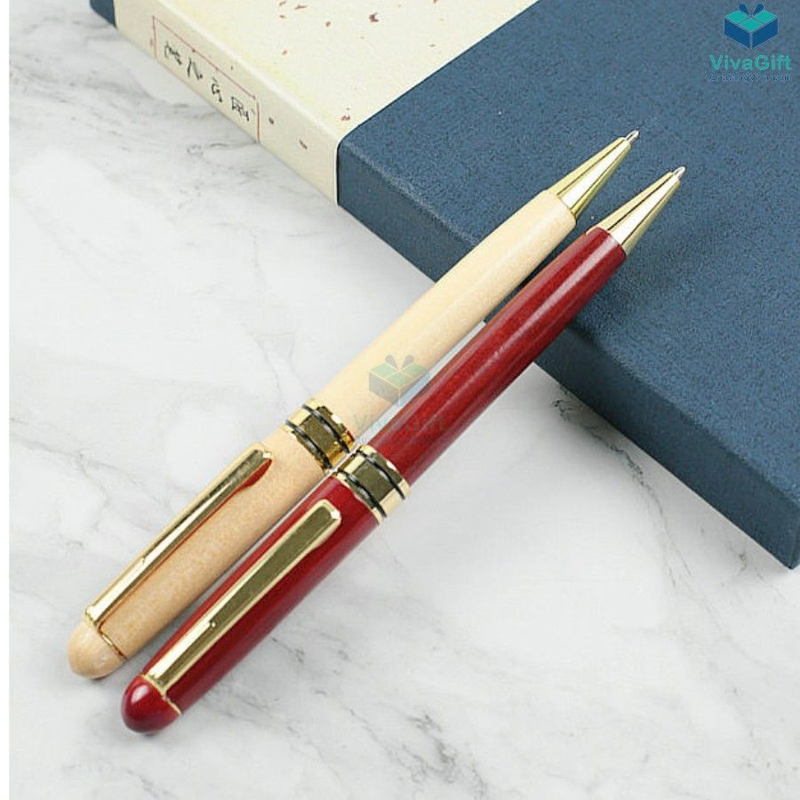 Bút gỗ khắc tên V014 làm quà tặng