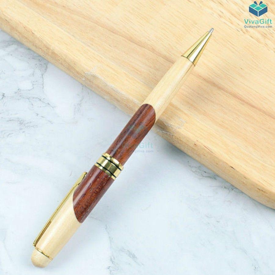 Bút gỗ khắc tên V013 làm quà tặng doanh nghiệp