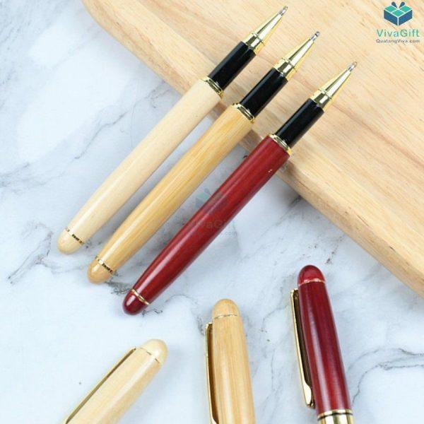 Bút gỗ khắc tên V015 nắp đậy làm quà tặng