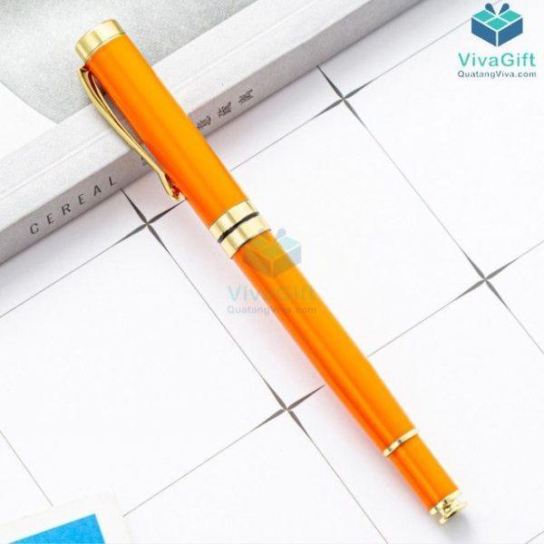 Bút bi quà tặng V010 in khắc theo yêu cầu
