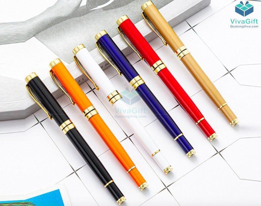 bút quà tặng V010 khắc tên theo yêu cầu